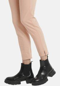 Marc Cain - Slim fit jeans - rose - 2