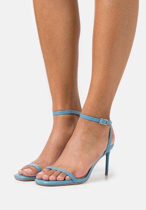 Sandalias de tacón - blue