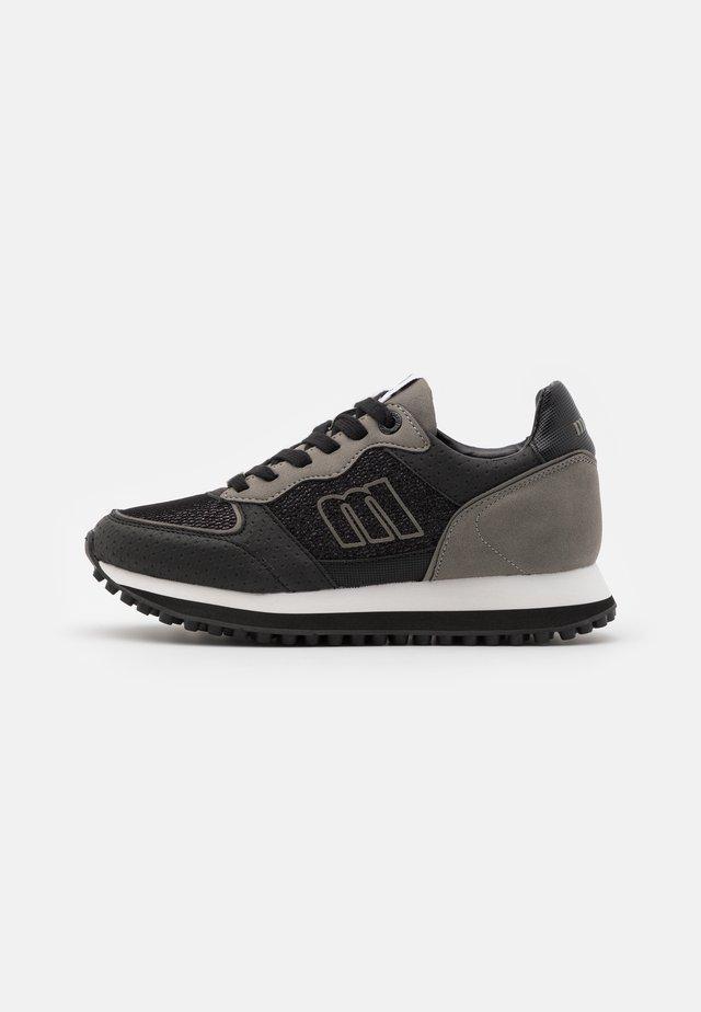 SELVA - Sneakers laag - black