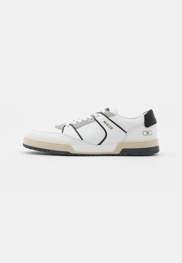 THE BASKET 89 - Tenisky - white/black
