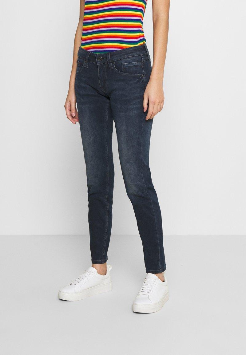 Tommy Jeans - SCARLETT  - Jeans Skinny Fit - jade dark blue
