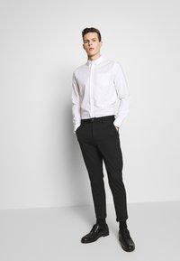 Burton Menswear London - Skjorta - white - 1
