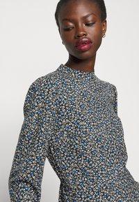 Dorothy Perkins Tall - TALL DITSY SHEERED NECK MINI DRESS - Day dress - multi - 3