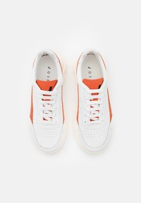 Joshua Sanders - EXCLUSIVE ZENITH CLASSIC DONNA - Trainers - white/orange touch - 3