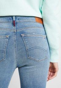 Tommy Jeans - NORA MID RISE ANKLE - Skinny džíny - blue denim - 3