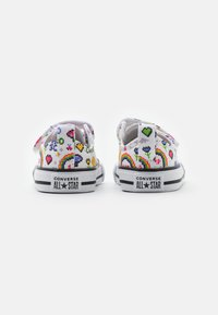 Converse - CHUCK TAYLOR ALL STAR GAMER UNISEX - Trainers - white/black/bold pink - 2