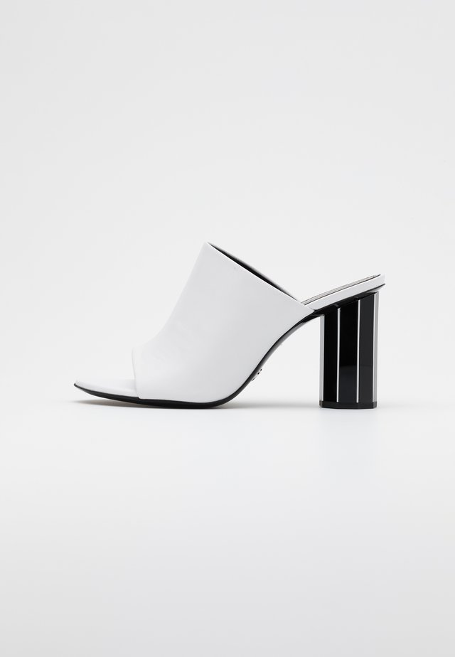 Heeled mules - tacco white/black