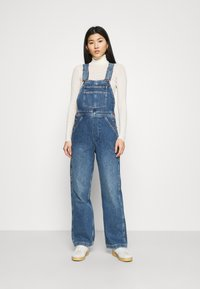 Wrangler - STRAIGHT BIB - Snekkerbukse - all star blue - 0