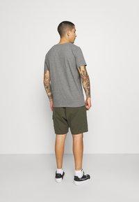 Matinique - JERMANE 3 PACK - Basic T-shirt - black/grey/olive - 2