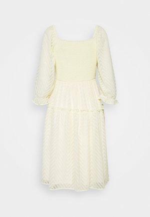 YASDEANNA 3/4 DRESS - Robe de soirée - yellow