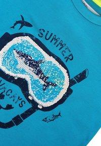 MINOTI - Print T-shirt - turquois - 2