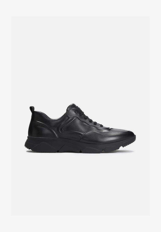 EDO - Sneakers laag - black