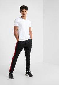 HUGO - 2 PACK - T-shirt basic - black/white - 0