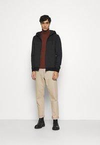 s.Oliver - Zip-up hoodie - black - 1