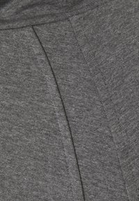 Varley - Sweater - forged iron marl - 5