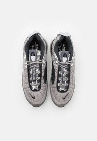 Nike Sportswear - MX-720-818 UNISEX - Zapatillas - enigma stone/black/off noir/iron grey/grey fog/white - 3