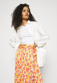 Fabienne Chapot - BOBO FRILL CATO SKIRT - Wrap skirt - pink - 3