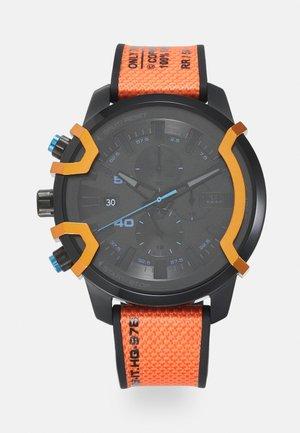 Kronografklockor - multi