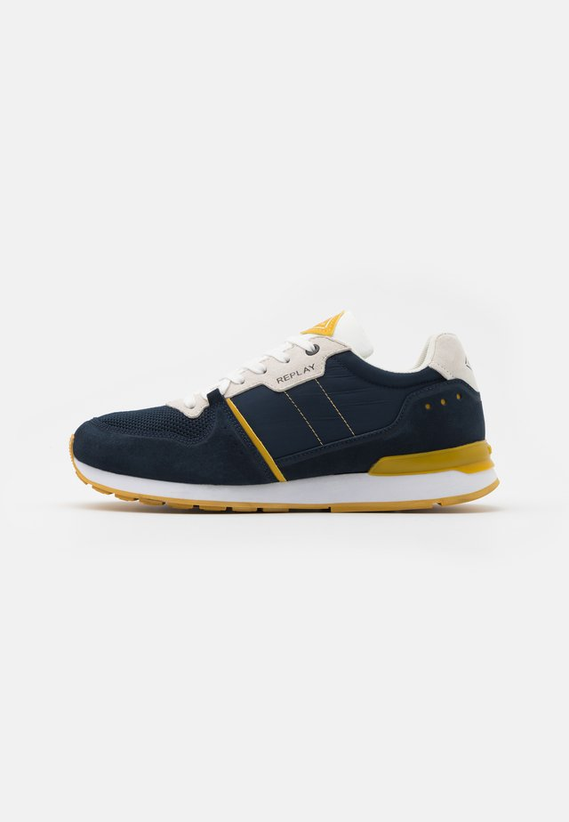 CLASSIC WEST - Sneakers basse - navy/white/ocra