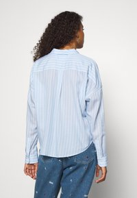 Tommy Jeans - BOLD STRIPE - Button-down blouse - white/moderate blue - 2