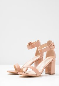 Glamorous Wide Fit - High heeled sandals - nude - 4