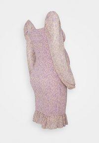 Missguided Maternity - FLORAL SHIRRED MINI DRESS - Jersey dress - lilac - 1