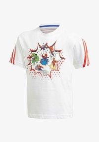 adidas Performance - SUPERHERO ADVENTURES T-SHIRT - Print T-shirt - white - 0