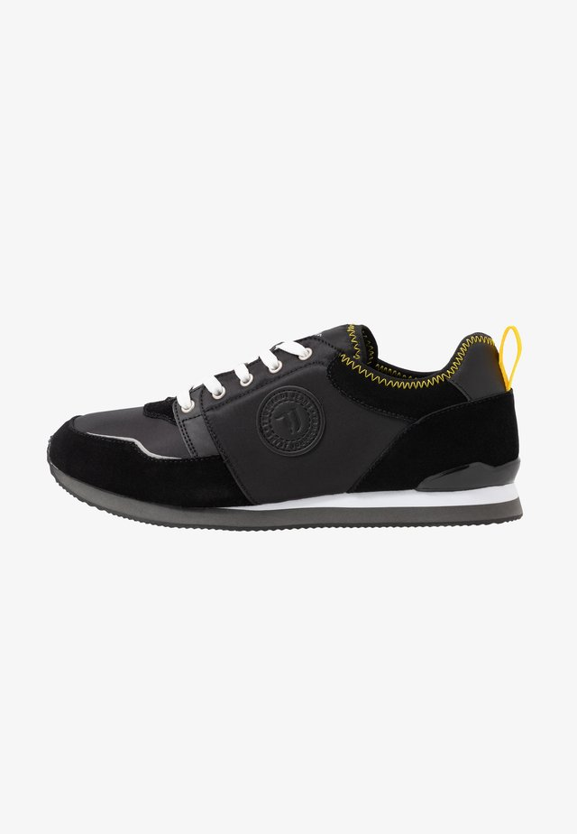 Trainers - black/yellow