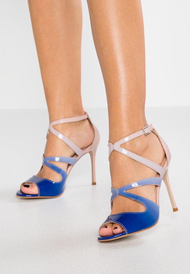 GIZELLE - Højhælede sandaletter / Højhælede sandaler - pale blue