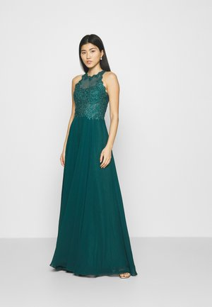 Occasion wear - forest