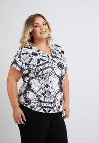 No.1 by Ox - TIEDYE - Print T-shirt - black - 2