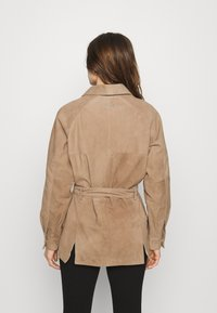Deadwood - SAHARA JACKET - Leather jacket - sand - 2