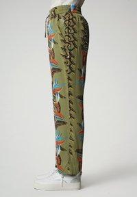 Napapijri - MELOR - Trousers - multi flower - 4