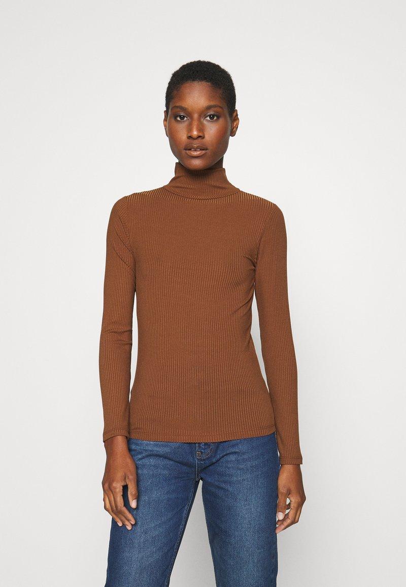 Trendyol - Top sdlouhým rukávem - brown