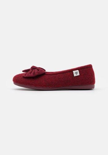 HEIDI  - Slippers - bordo