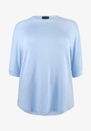 Long sleeved top - light blue