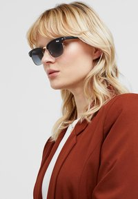 Superdry - LEO - Sunglasses - black/amber - 3