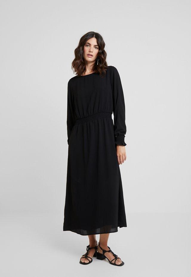 PAMILA BUBBLE  - Korte jurk - black