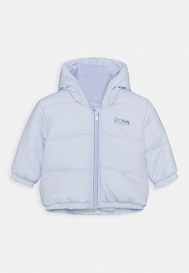BOSS Kidswear - PUFFER JACKET BABY UNISEX - Winter jacket - pale blue