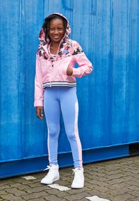 Nike Performance - CLASSIC - Sport BH - pink/royal pulse - 4