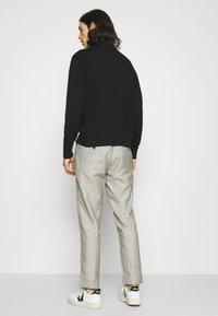 Antony Morato - TROUSERS ARTHUR - Trousers - beige - 2