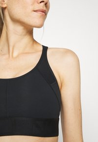 LNDR - WORKOUT BRA - Sports bra - black - 3