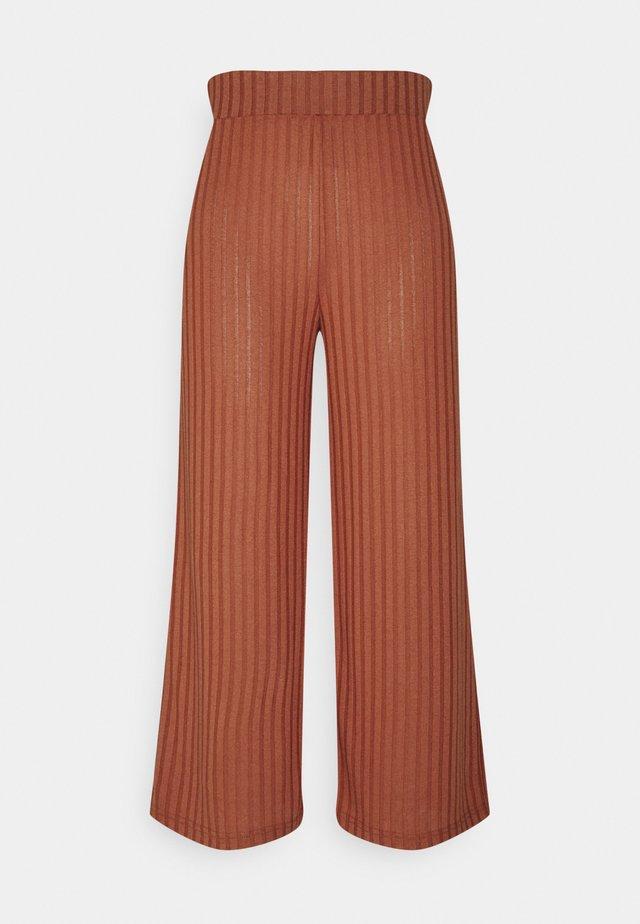 SIMONI  - Trousers - etruscan red