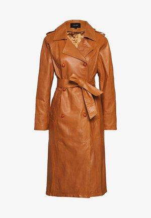 CHRISSIE - Leather jacket - cognac