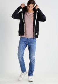 Blend - REGULAR FIT - Zip-up hoodie - black - 1