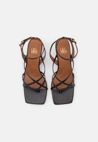 Billi Bi - T-bar sandals - black - 4