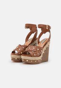River Island - Platform sandals - brown light - 2