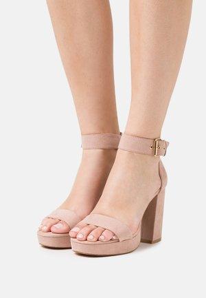 ONLAERIN - Sandály na vysokém podpatku - light rose