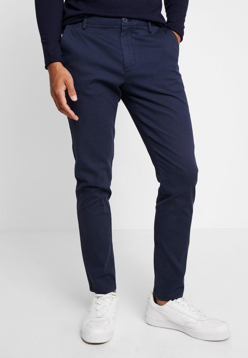 IZOD - Chino - navy blazer