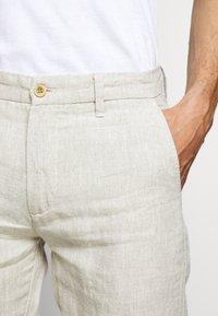 NN07 - KARL  - Pantalon classique - oat - 6